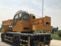 转让 福田雷沃起重机新款国五东风16吨吊车