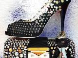 寻求各种款式的欧美时装,休闲女鞋,靴子贴牌加工