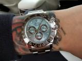 劳力士水鬼有几种配色欧米茄手表