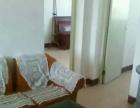 中华路中学家属院,繁华地段,两室两厅一卫。