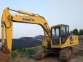小松 HB215LC-1M0 挖掘机