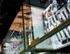 中东名表城出售柜台
