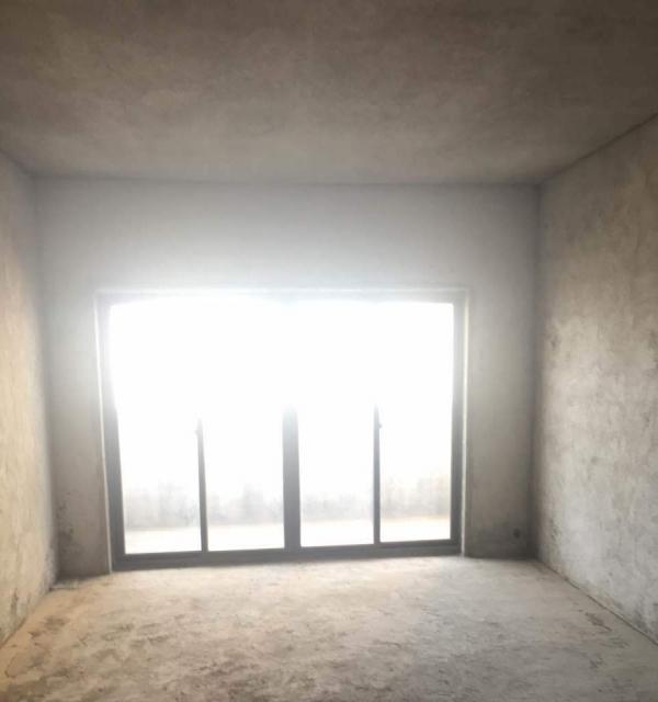 急售【缤纷江南】 3室2厅2卫 125㎡水景毛坯房