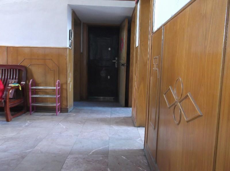武汉市汉阳七里庙公交(地铁)车站旁2室1厅出租