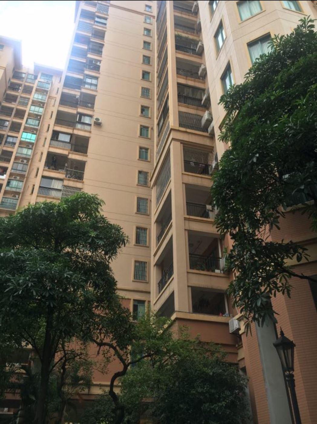 凤山水岸 3000元 3室3厅2卫 豪华装修,家具电器齐