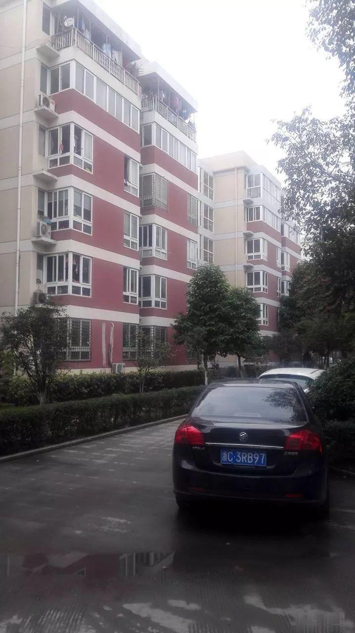 诚售:望海公寓45平,25万,朝南,楼层好
