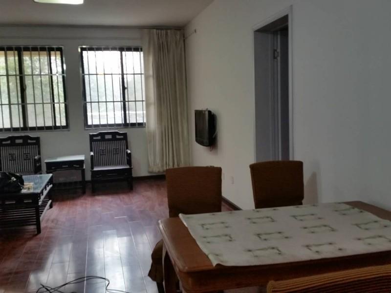 学区房国信龙湖世家 3室 2厅 133平米 整租