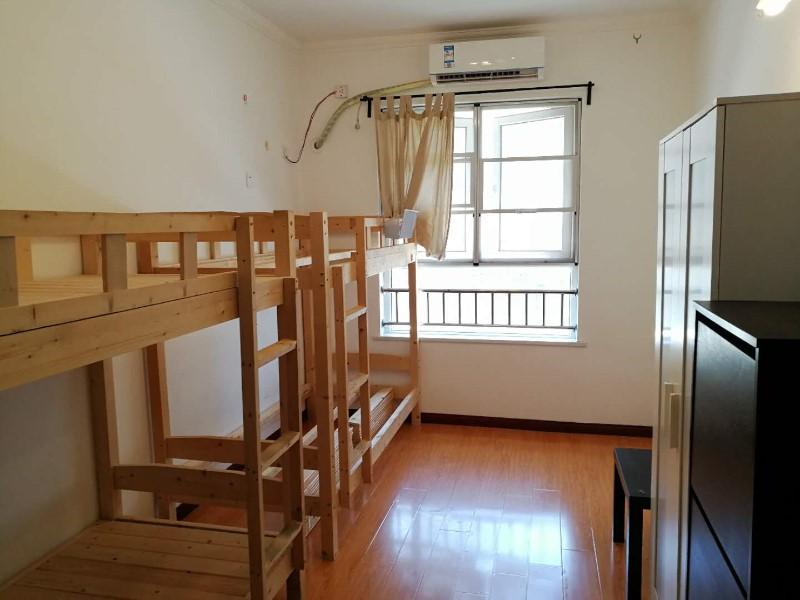 鲁巷 风度柏林三期 3室 2厅 合租风度柏林三期