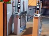 深圳家公司有桥式三辊闸带门禁人脸识别系统的设备提供