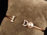 时尚韩版精致女珍珠大牌手镯 镀真金明星款