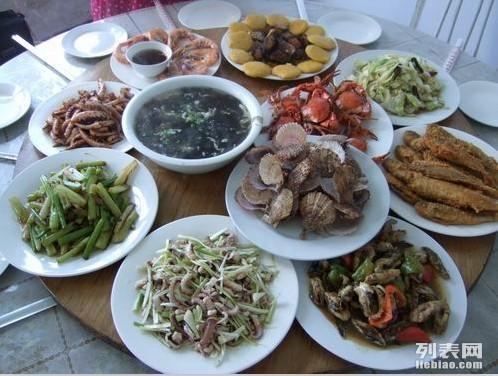青岛海上观光 钓鱼 烧烤 聚会 登岛吃正宗渔家宴