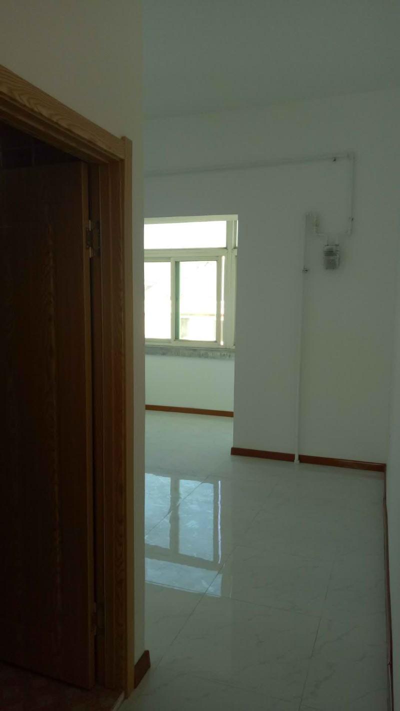 陵北 金山小区 5室以上 1厅 160平米 整租