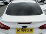 福特 福克斯三厢 2012款 1.6 自动 风尚型经典福克斯,家用代步运动感十足