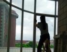 专业承接新居开荒保洁、办公室家庭钟点保洁,外墙清洗