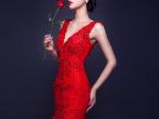 中式新娘敬酒服深V蕾丝亮片包臀鱼尾钩花裸背红色嫁衣长裙晚礼服