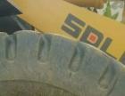 铲车铲废铁常扎破轮胎换部队退役特种半实心加厚铲车胎