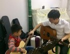 长沙岳麓区成人 少儿学吉他找喻老师一对一教学