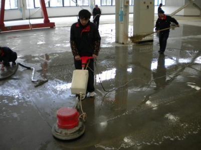 开荒保洁 地面清洗 地毯清洗 别墅保洁 厂房保洁