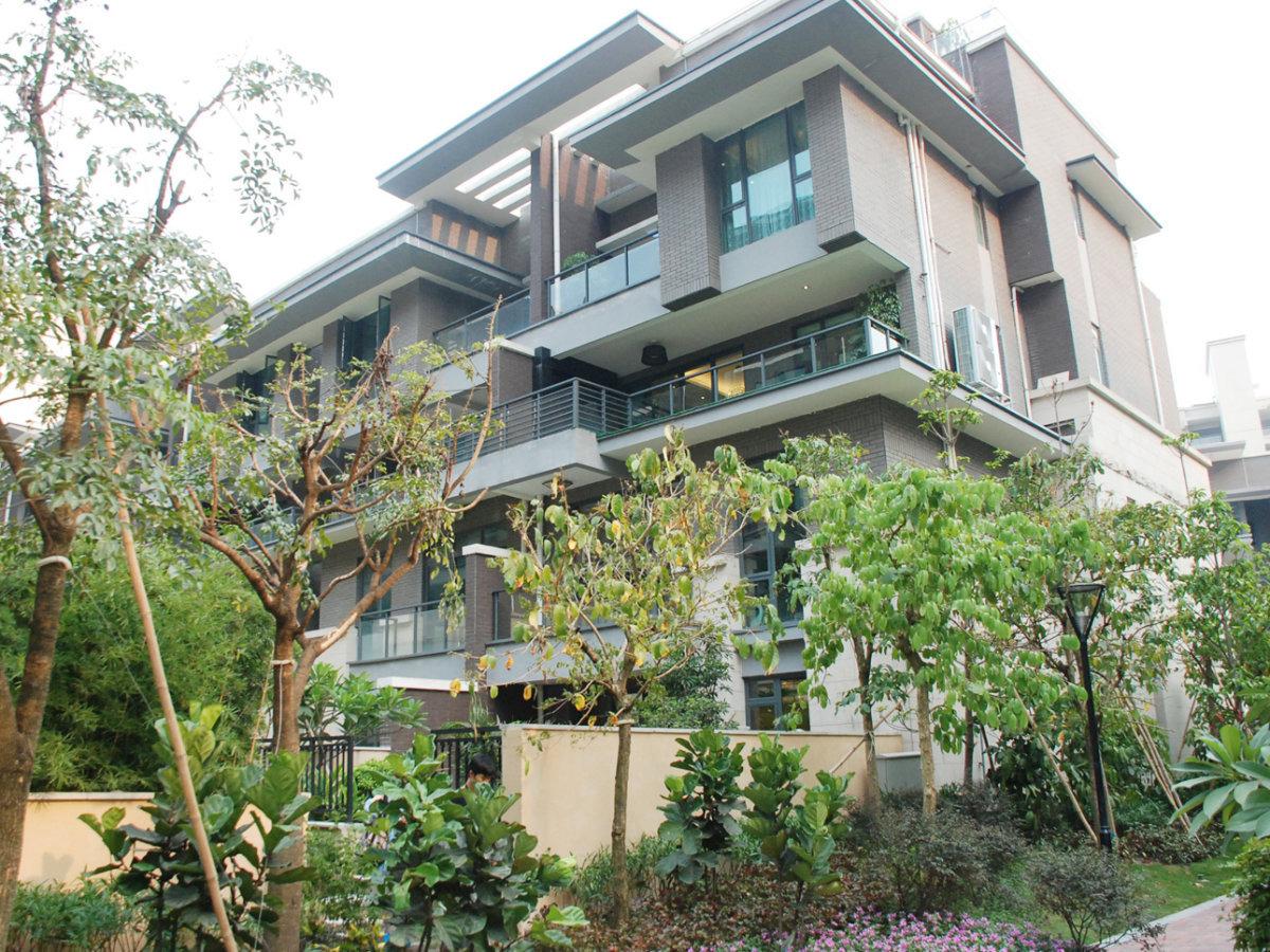 路劲隽悦豪庭,刚需3房,东南望花园,证过两年,欢迎看房