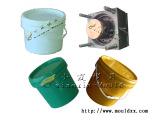 中国18L润滑油桶塑料模具厂家,专业18升润滑油桶塑胶模开模
