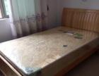房屋拆除四十张实木1.5米双人床出售