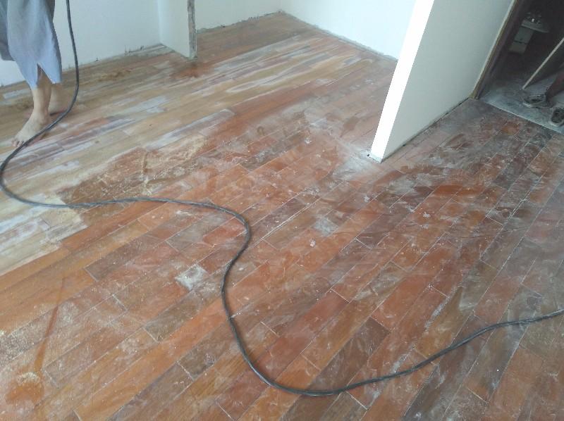 厦门木地板维修翻新,实木地板打磨抛光,木地板打蜡抛光