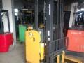 安庆转让9陈新2吨前移式电动叉车 送货上门