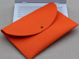 思诺厂家直销批发定做纯色单扣扣式毛毡笔记本包可根需求定做logo