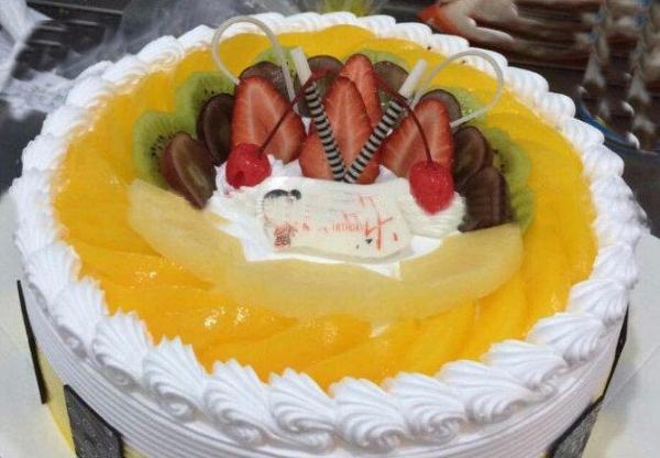 辽源龙山区水果蛋糕预定网上送货上门专业订蛋糕网站生