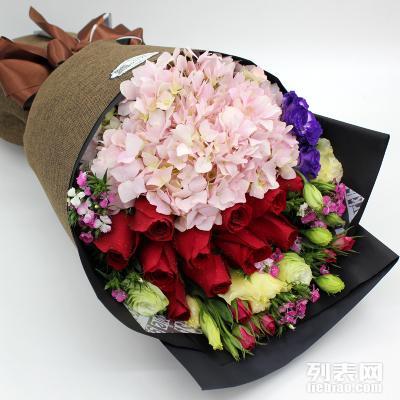 玫瑰绣球混搭花束
