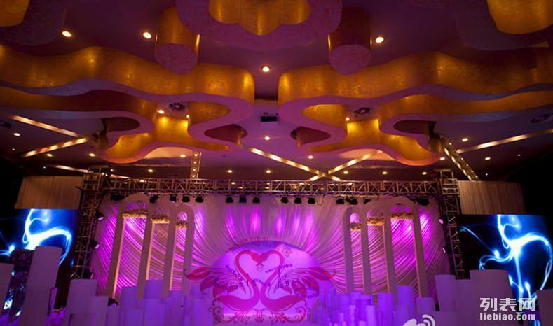 聊城较好的婚庆公司,较专业的婚礼策划机构,拾梦婚礼会馆
