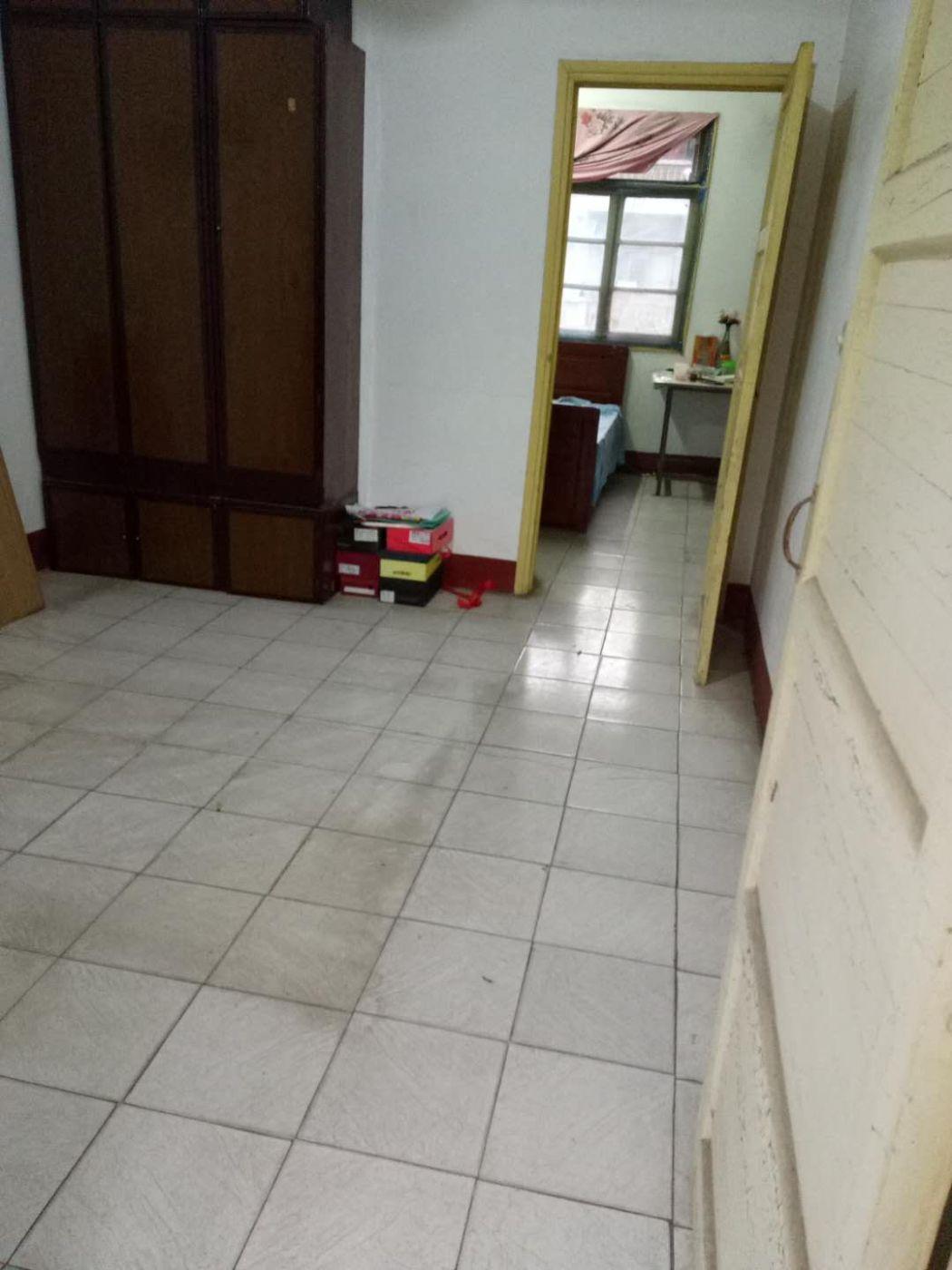 湘天桥两房一厅