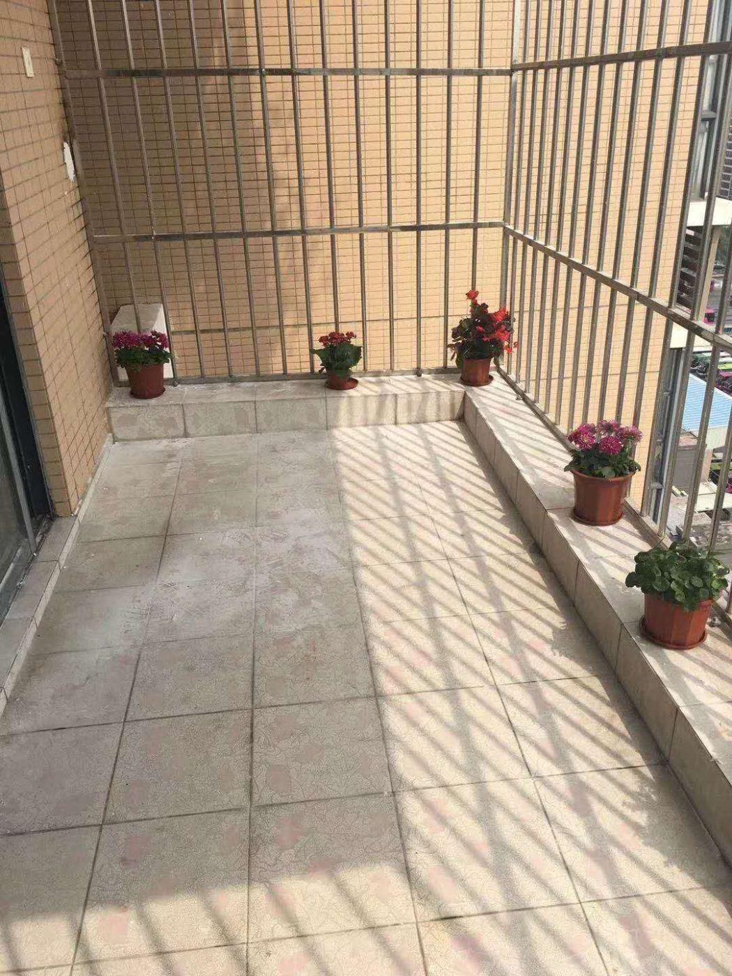 铭盛檀香洲一线海景3室1厅2卫2阳台铭盛檀香洲