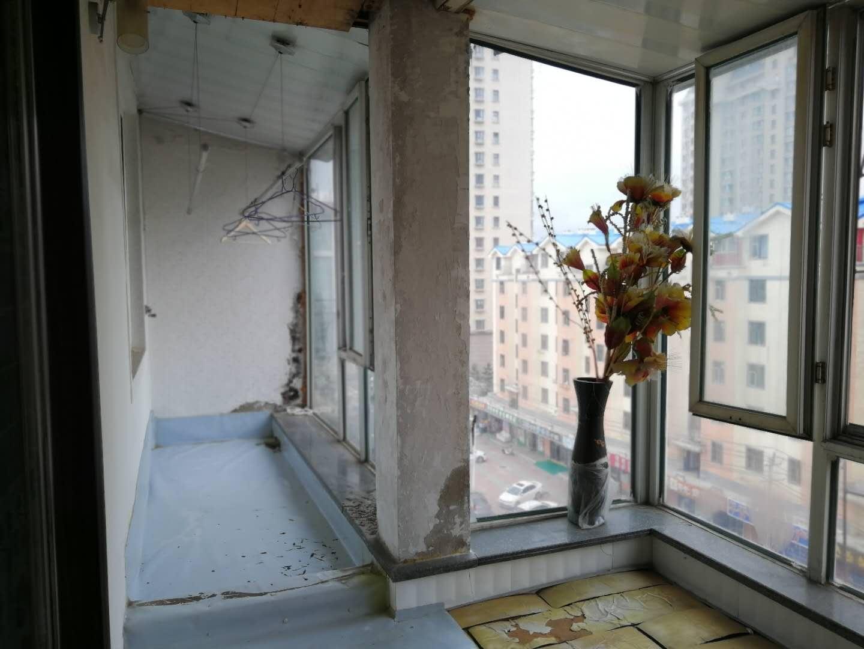 丹延小区标准两室出租有家具家电大宇花园格林小镇青城小区丹明小区丹延小区