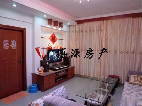 新阳街道办对面 兴旺广场 房东自住装修 采光好 交