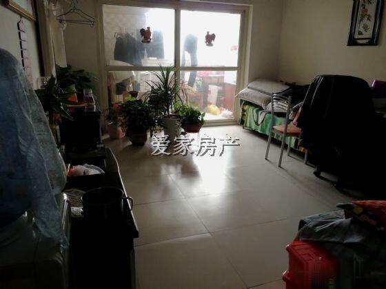 清河花园西邻英才公寓有证可贷款首付12万左右的好房子!
