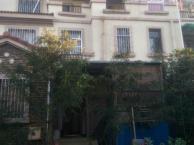 业主急售罗马庄园联排别墅精装修送100多平大花园仅售13