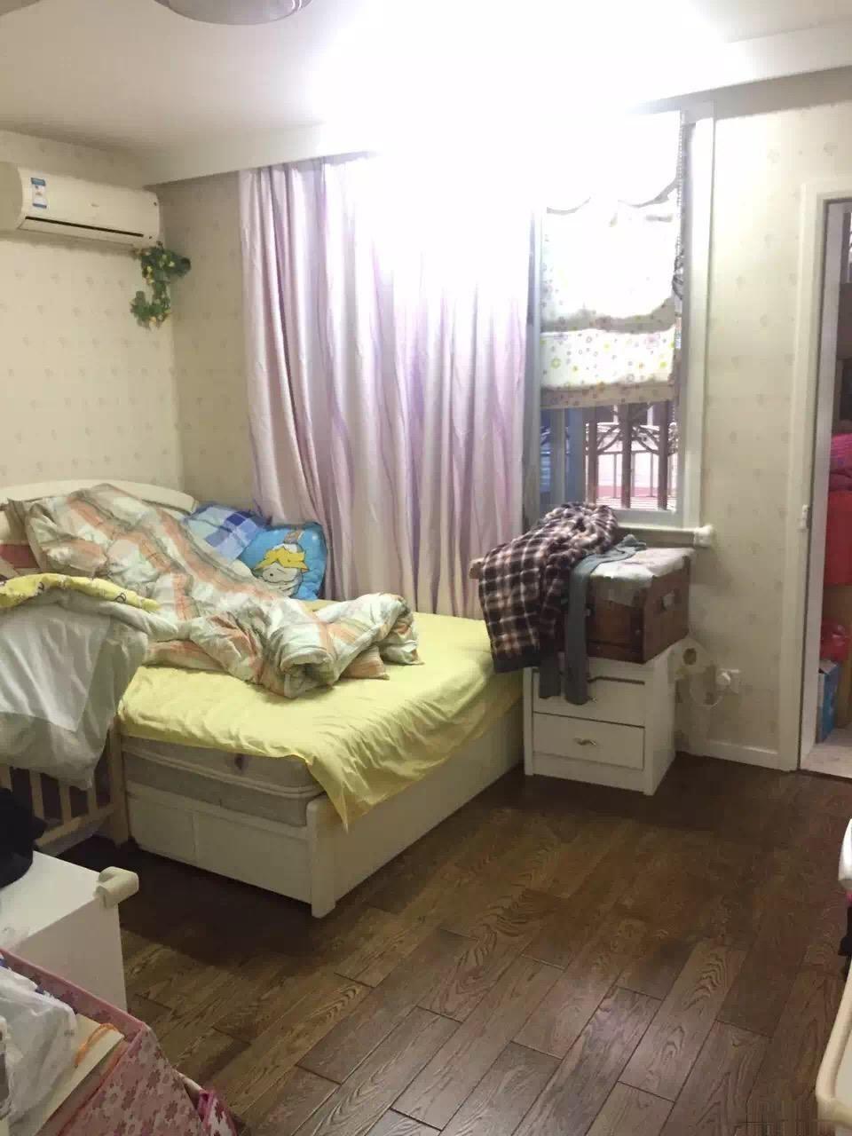 勤奋小区84平精装4楼双朝南两室两厅带毛巾牙刷入住