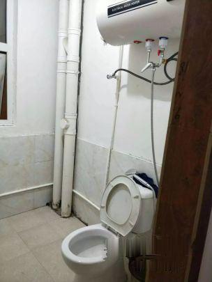 永旺隔壁雅居乐清爽装修三室两厅2100/月,拎包入住