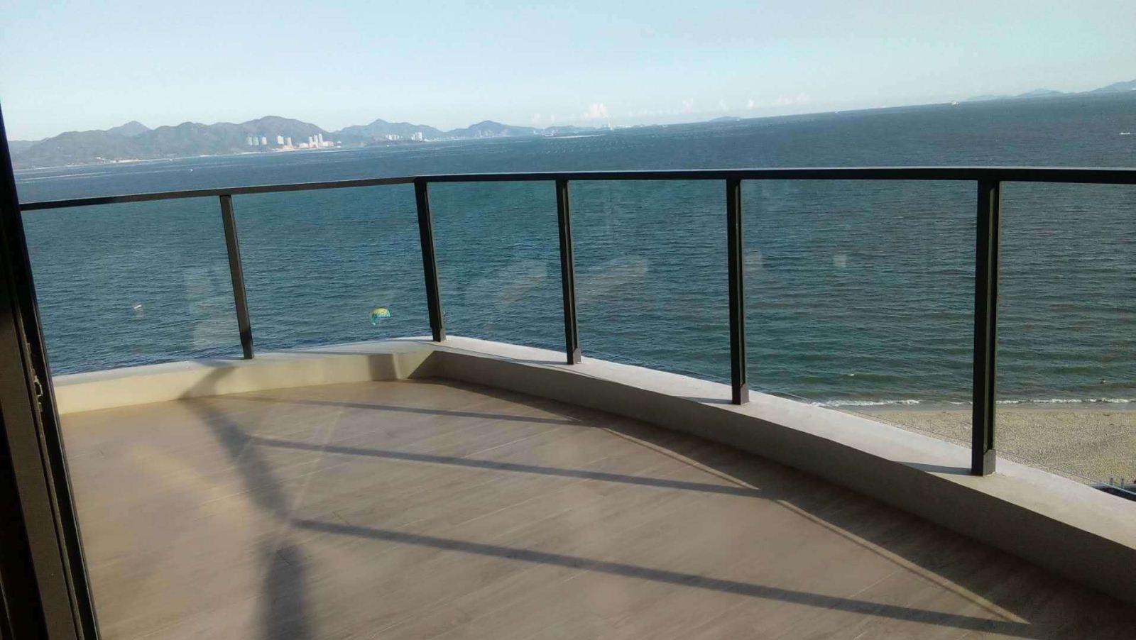 碧桂园十里银滩360度海景房 600万 4室2厅1卫 精