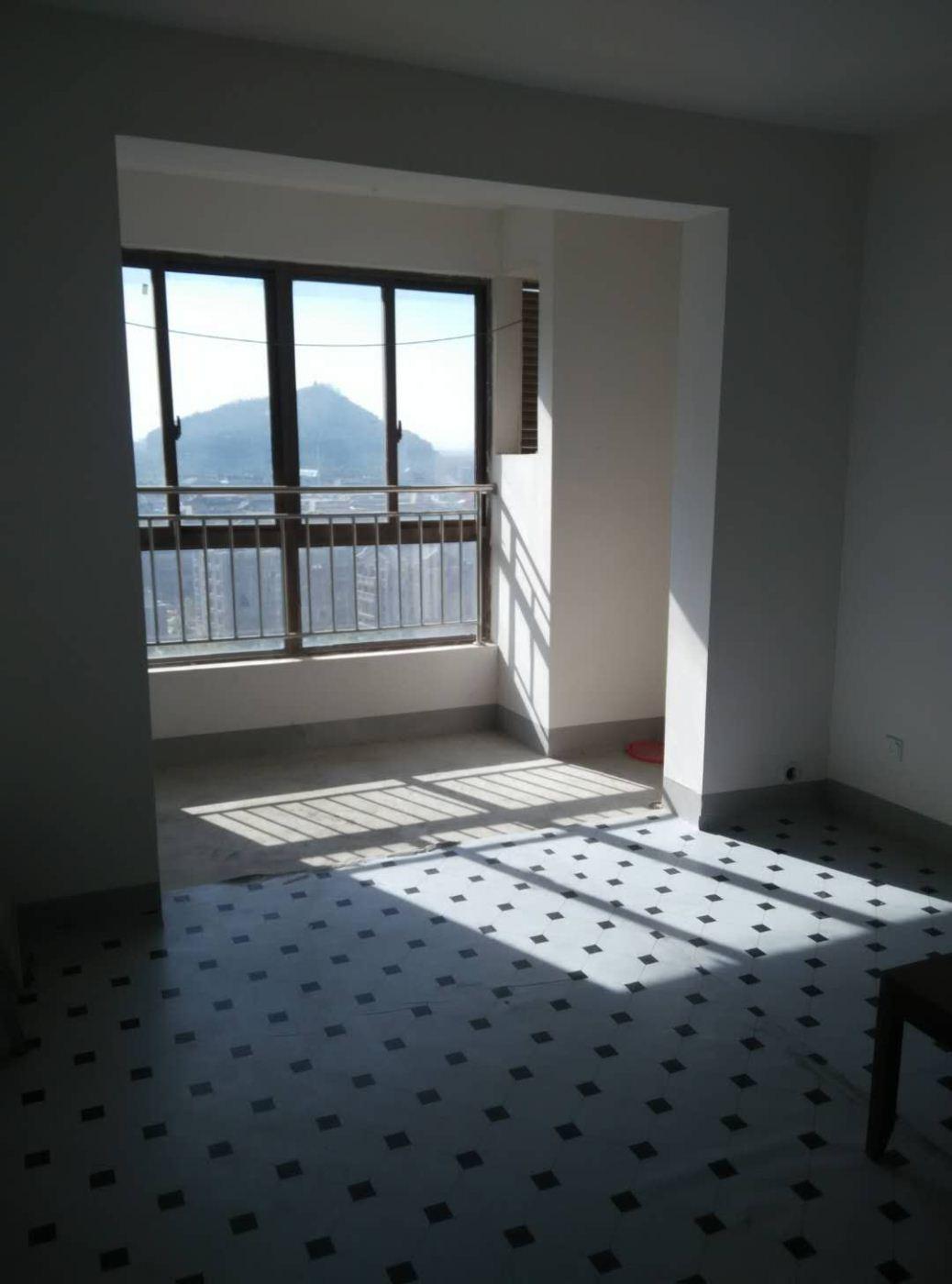 山景水岸 3室2厅1卫 简单装修 1500