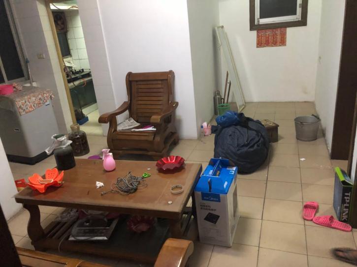火电安装第一生活区2室1厅1卫家电家具齐而惠诚户外家具图片