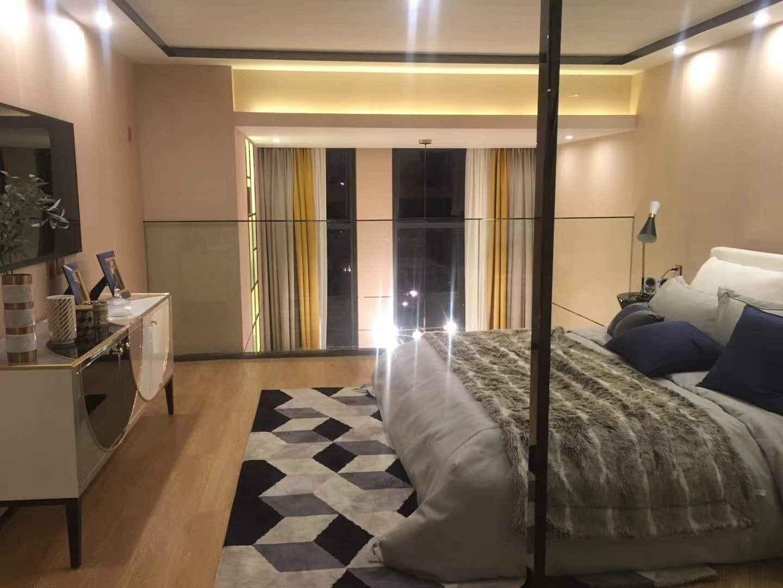 江南万达小型公寓单价1W临街2号线地铁口