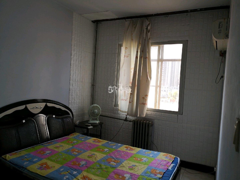 东岸尚景标间 不是合租房1400东岸尚景一室一卫
