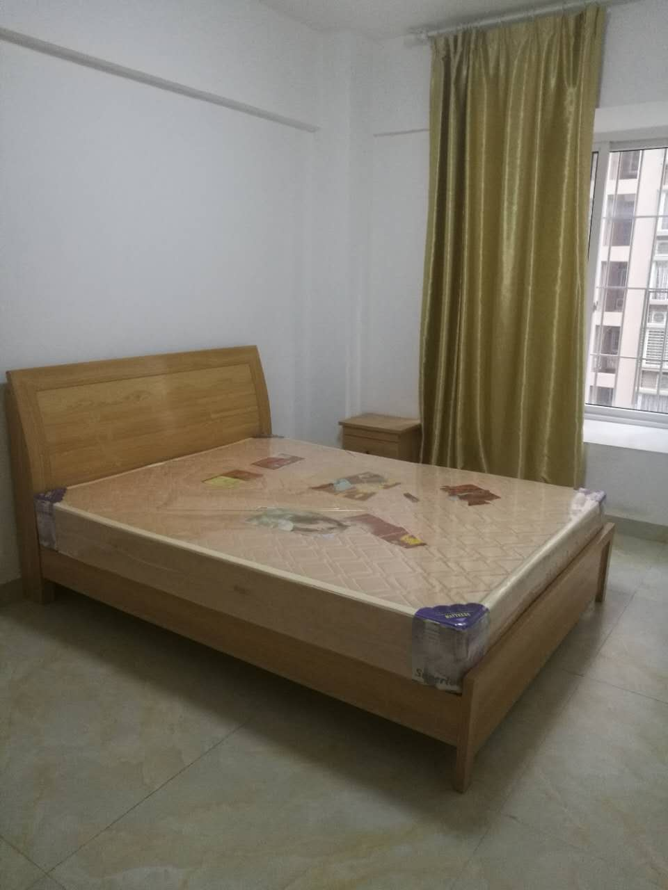 钱隆学府莘园 1300元 2室1厅1卫 普通装修,价格便
