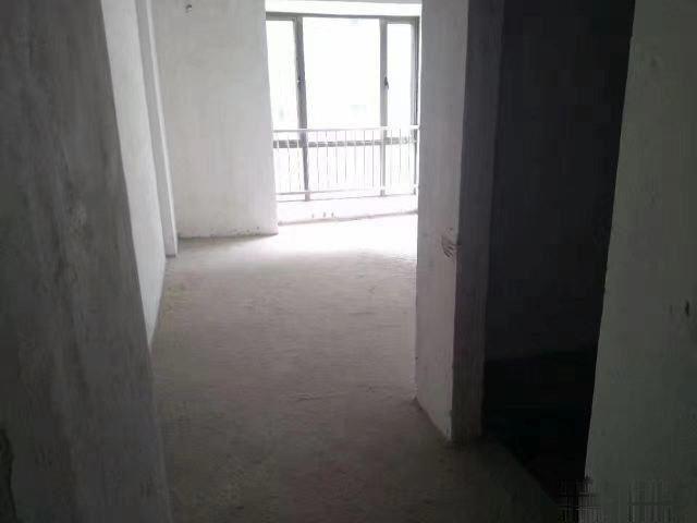 美嘉华庭 3室2厅2卫 一手有匙随看