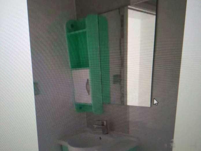 南中环体育路口一室45平带独立卫生间精装好房