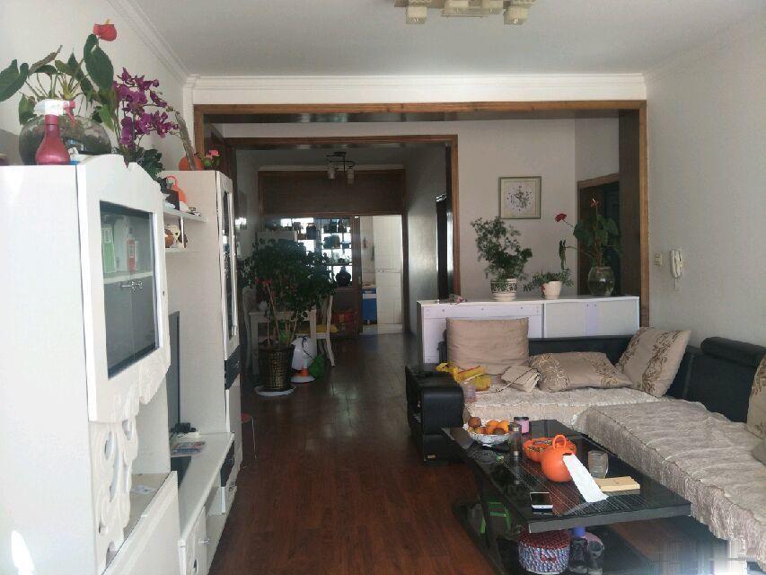 西华苑一期 3室2厅105平米阳光普照