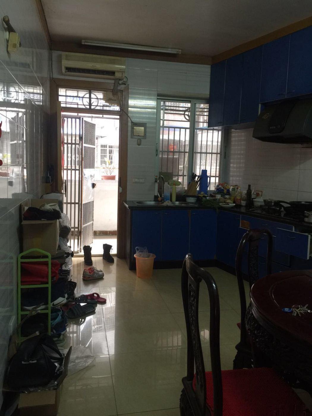 横河南新村蒲鞋市总校房,无户口读书67平方