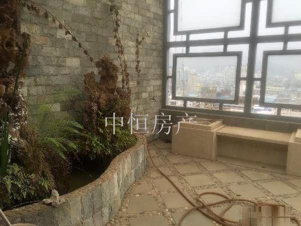 锦绣华都 4室3厅2卫 210豪装跃层花园洋房149万